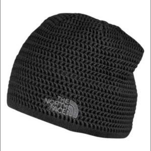 North face black outdoor beanie